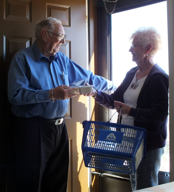 Helping Seniors in Pinal and Gila County
